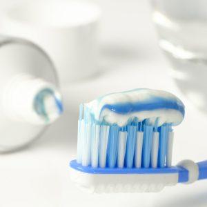 toothpaste-3067569_960_720