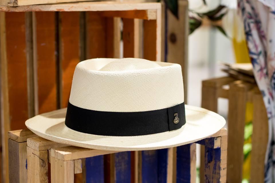 hat 07