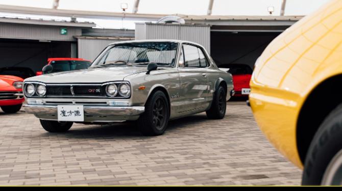 car 08
